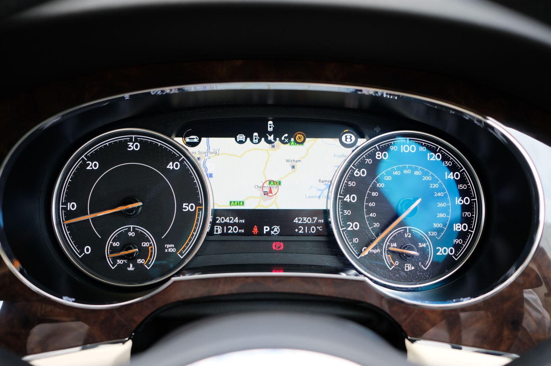 Bentley Bentayga 4.0 V8 5dr - Mulliner Driving Specification - City & Tour Specification image 17