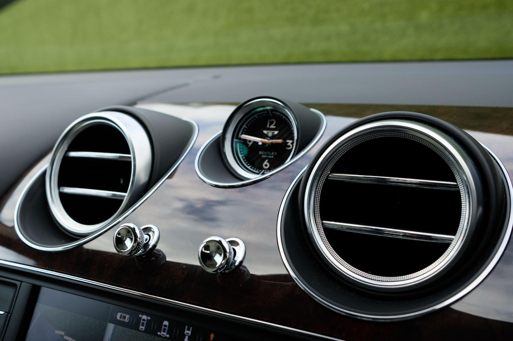 Bentley Bentayga 4.0 V8 5dr - Mulliner Driving Specification - City & Tour Specification image 21
