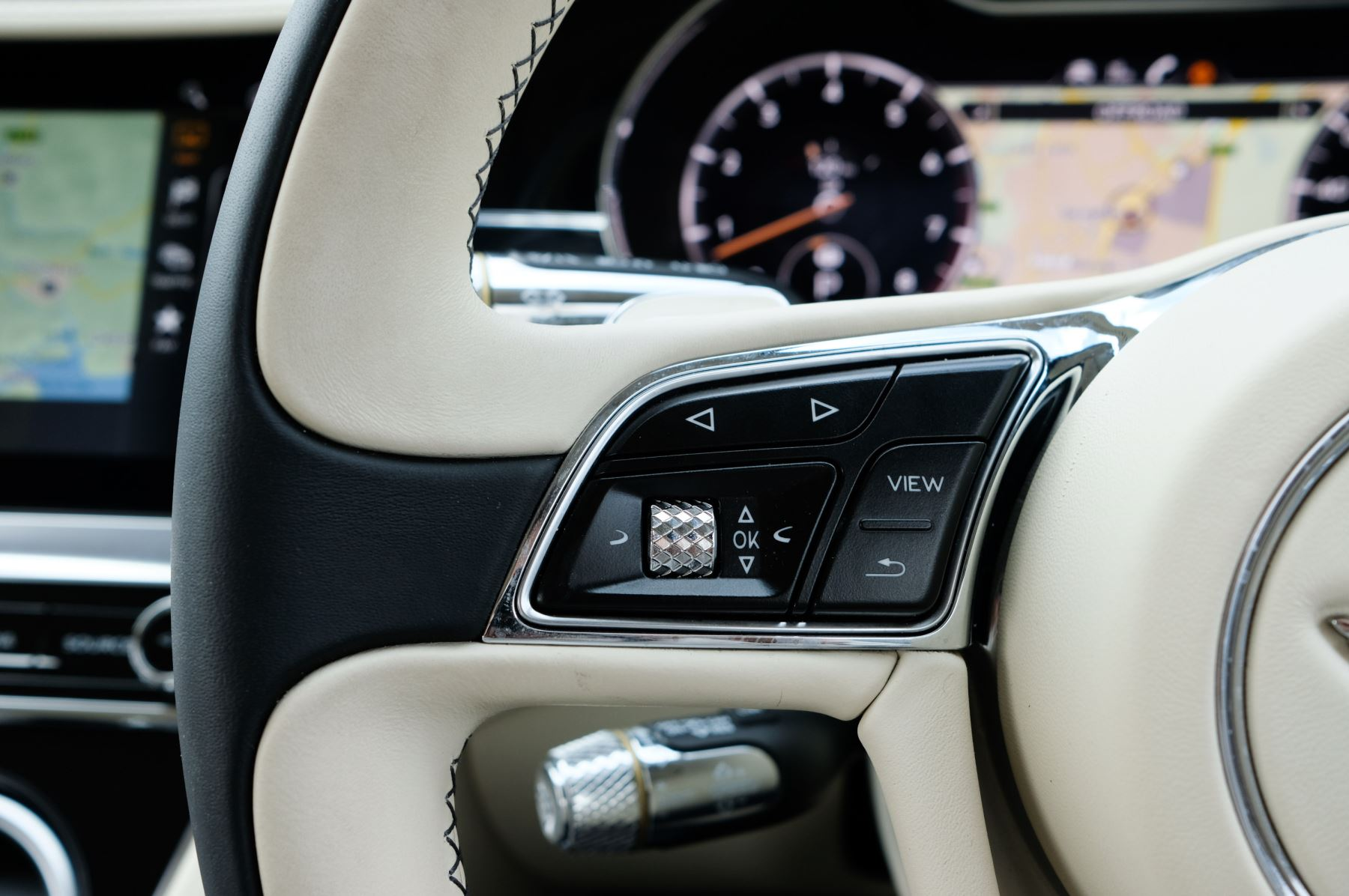 Bentley Continental GT 6.0 W12 1st Edition - Comfort Seating - Touring Specification image 25