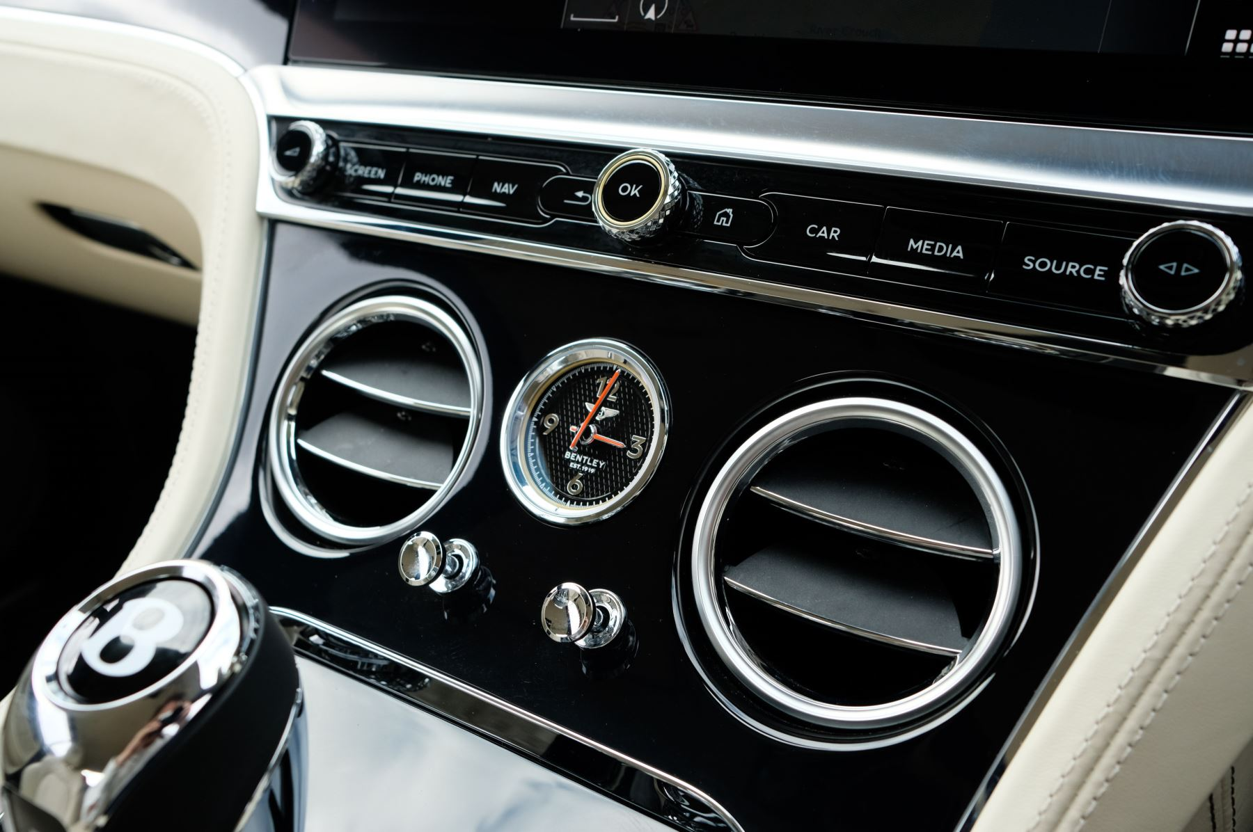 Bentley Continental GT 6.0 W12 1st Edition - Comfort Seating - Touring Specification image 28