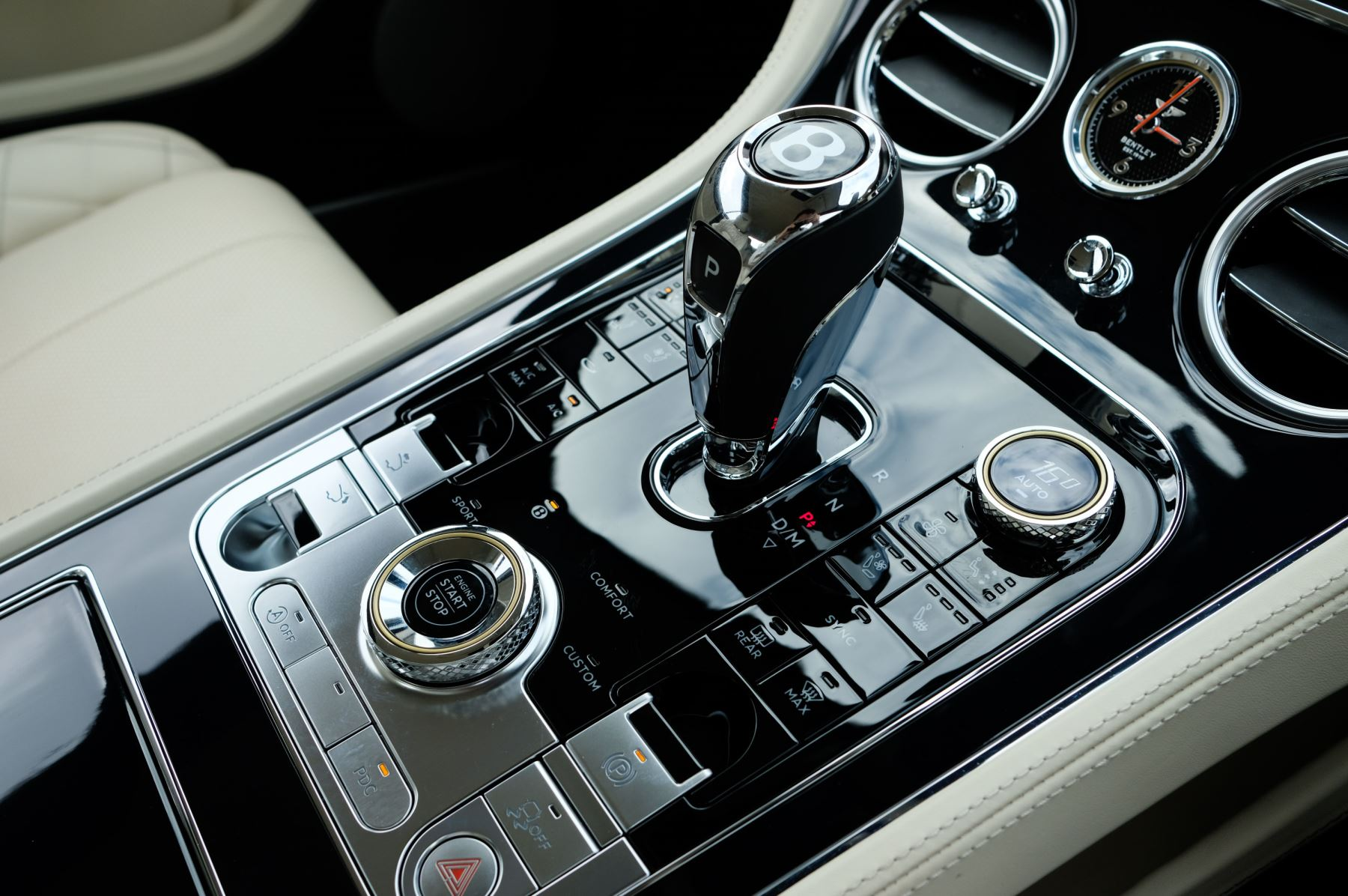 Bentley Continental GT 6.0 W12 1st Edition - Comfort Seating - Touring Specification image 29