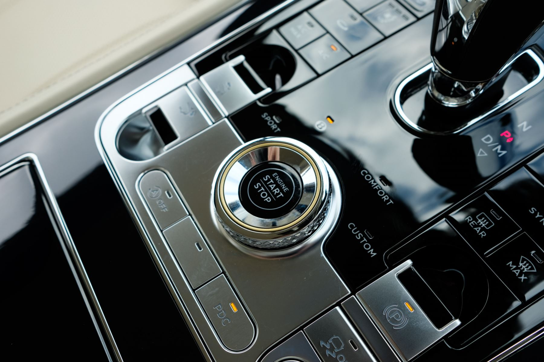 Bentley Continental GT 6.0 W12 1st Edition - Comfort Seating - Touring Specification image 30