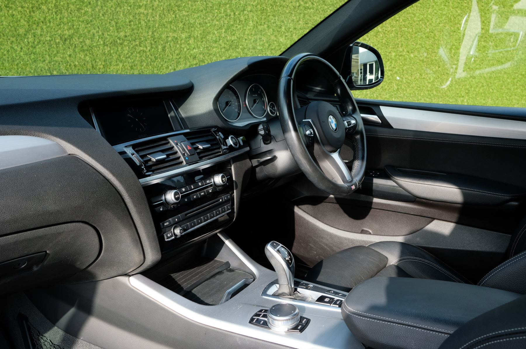 BMW X4 xDrive30d M Sport 5dr Step - M Sport Plus Package - Interior Comfort Package - Elec Glass Sunroof -  image 16