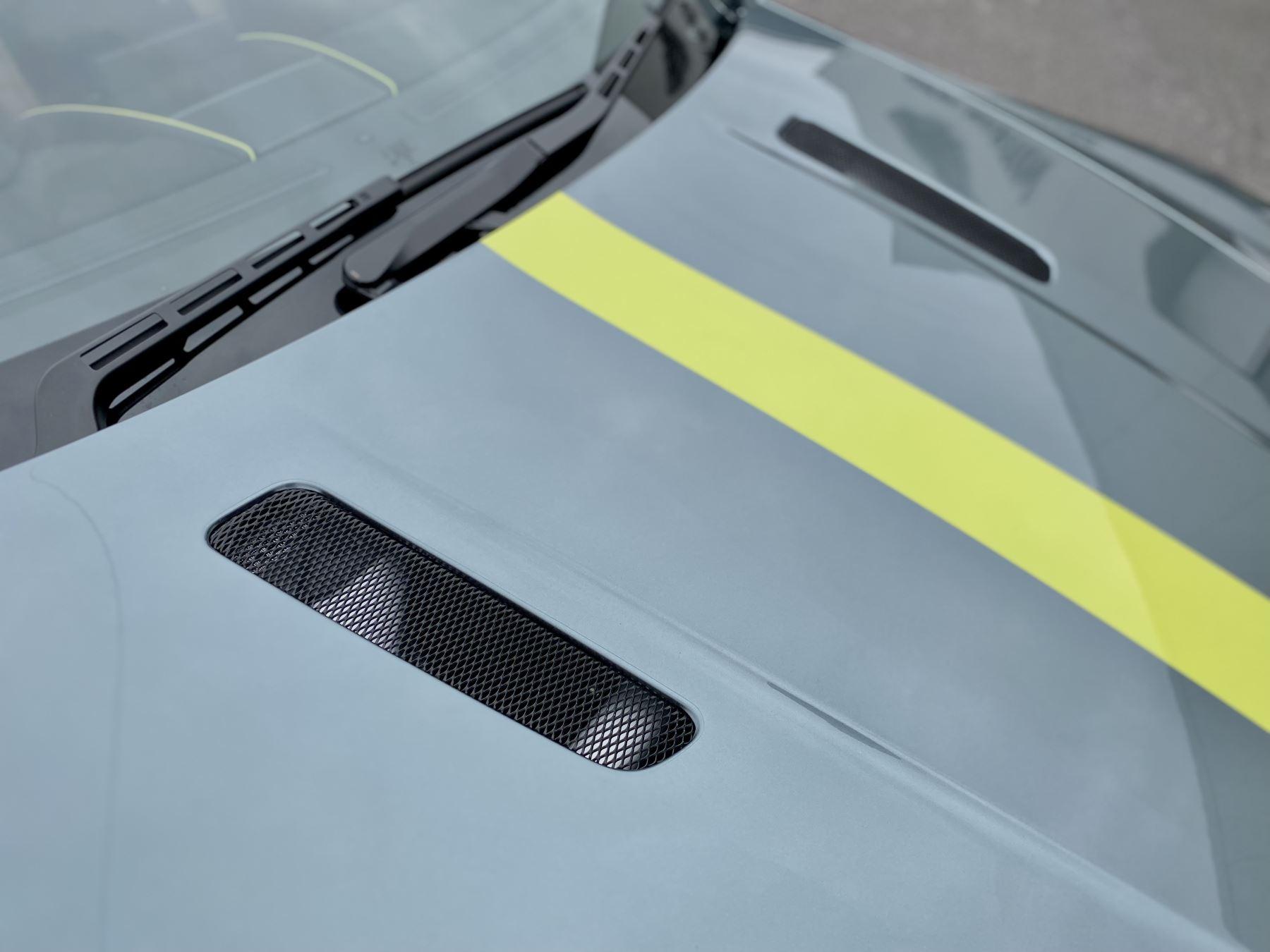 Aston Martin Vantage AMR AMR 2dr Manual  image 21