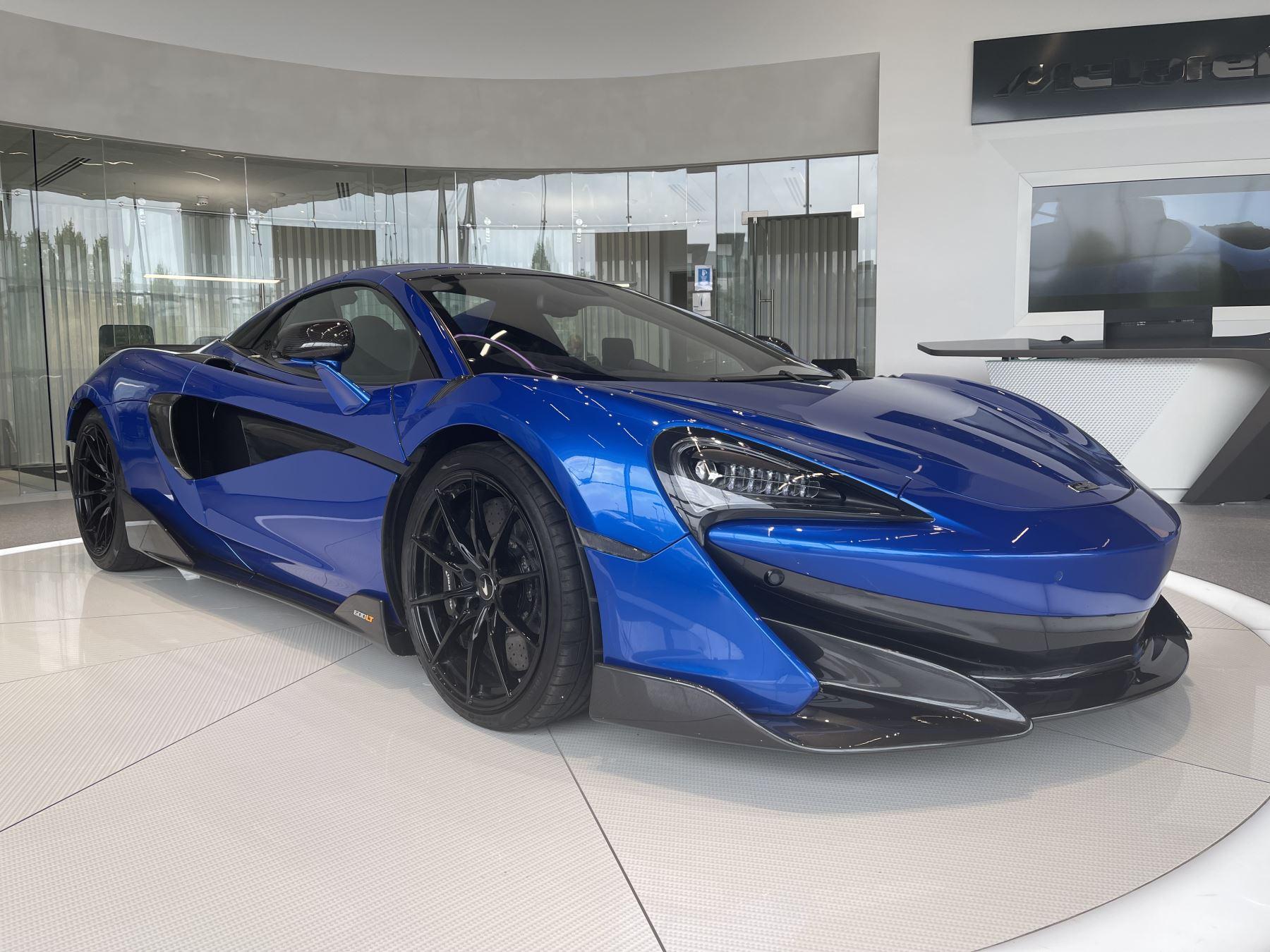 McLaren 600LT V8 SSG CARBON WING LOUVRES, B&W AUDIO UPGRADE 3.8 Automatic 2 door Convertible