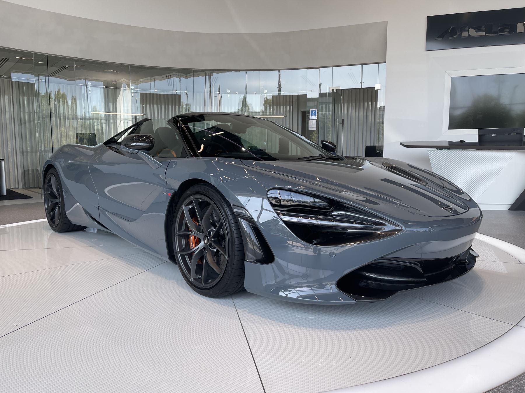 McLaren 720S Spider V8 2 DR PERFORMANCE VERY RARE COLOUR AND FULL CAR PPF 4.0 Automatic 2 door Convertible