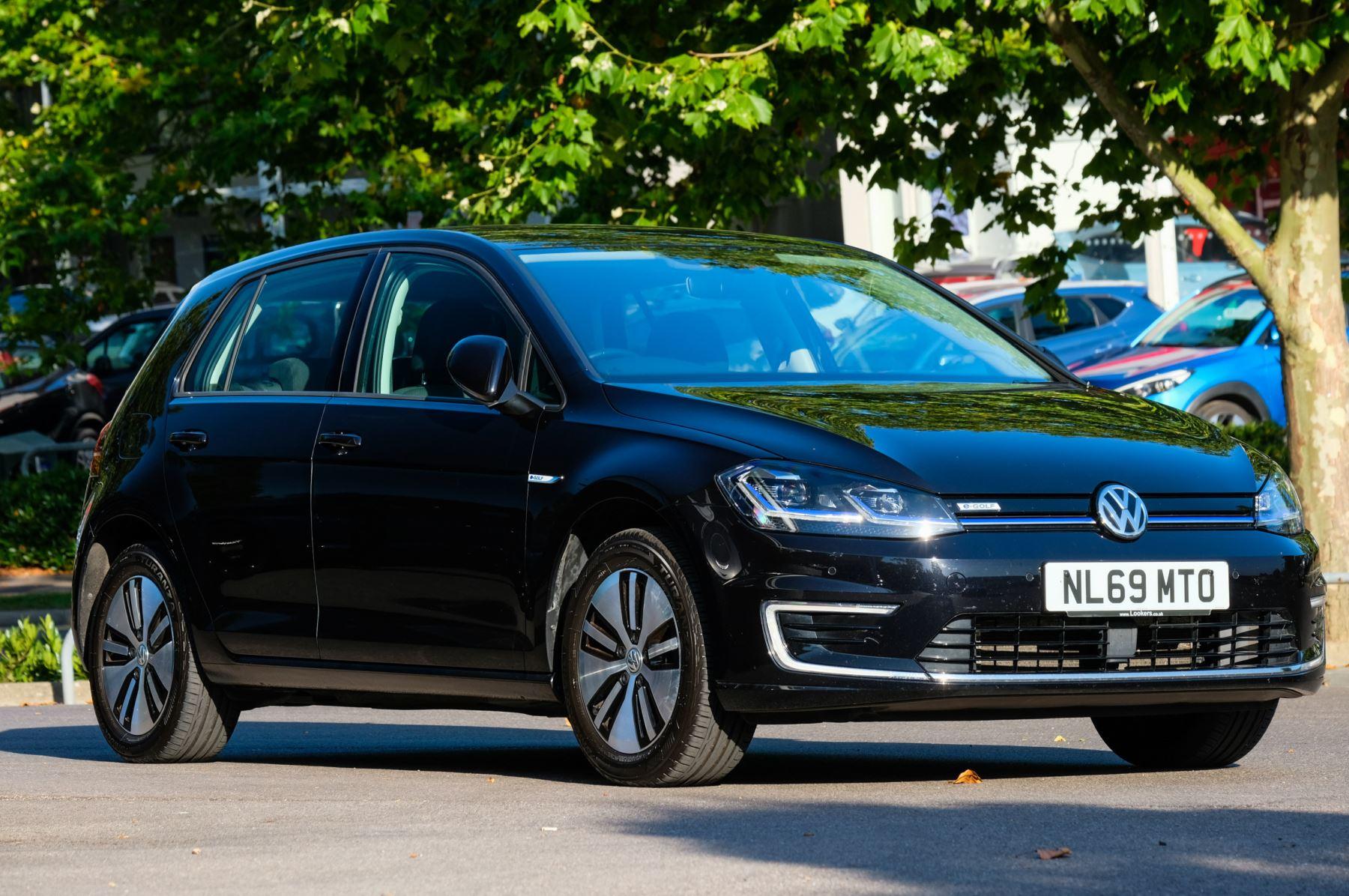 Volkswagen Golf 99kW e-Golf 35kWh Electric Automatic 5 door Hatchback (2019)