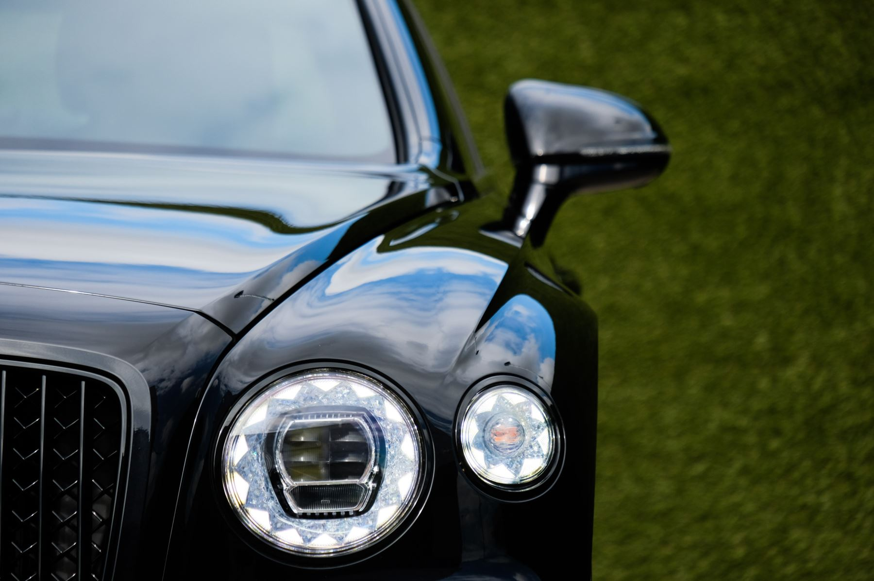 Bentley Flying Spur 6.0 W12 - First Edition - Mulliner Driving Specification image 6