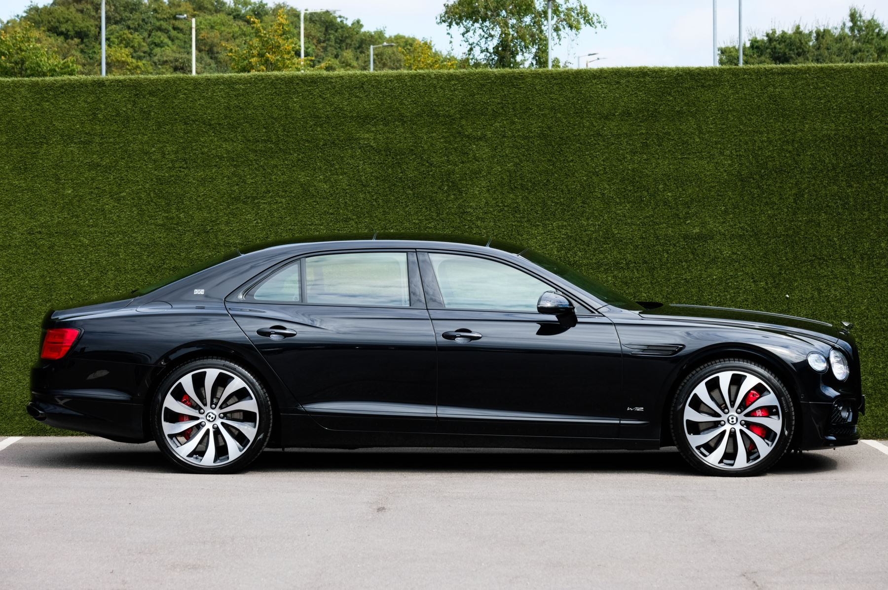 Bentley Flying Spur 6.0 W12 - First Edition - Mulliner Driving Specification image 3