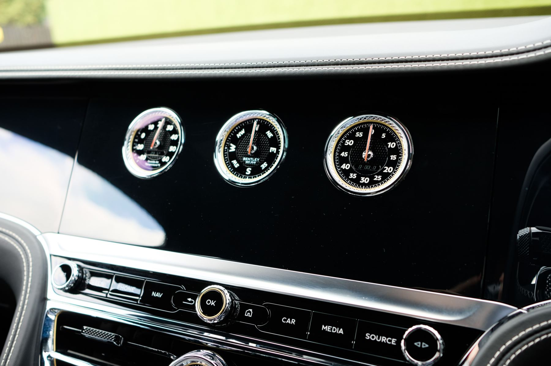 Bentley Flying Spur 6.0 W12 - First Edition - Mulliner Driving Specification image 30