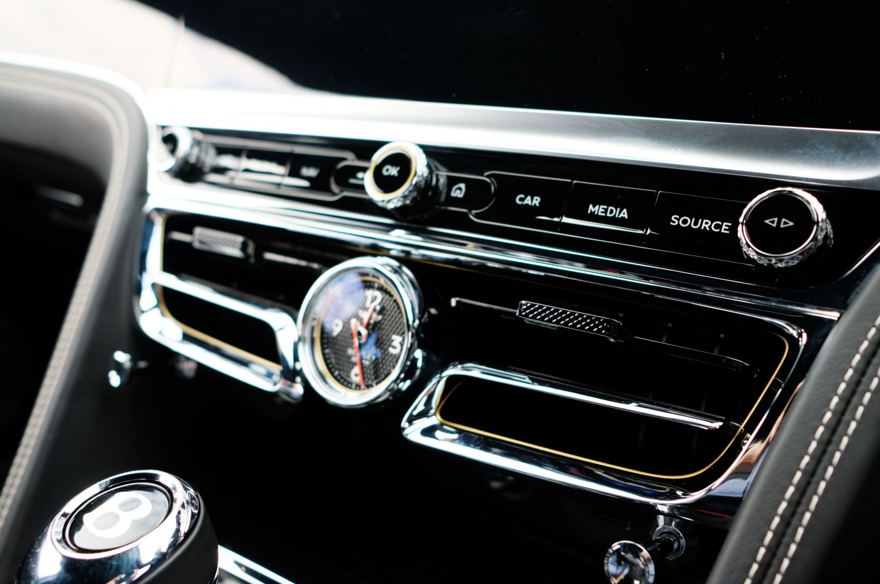 Bentley Flying Spur 6.0 W12 - First Edition - Mulliner Driving Specification image 31