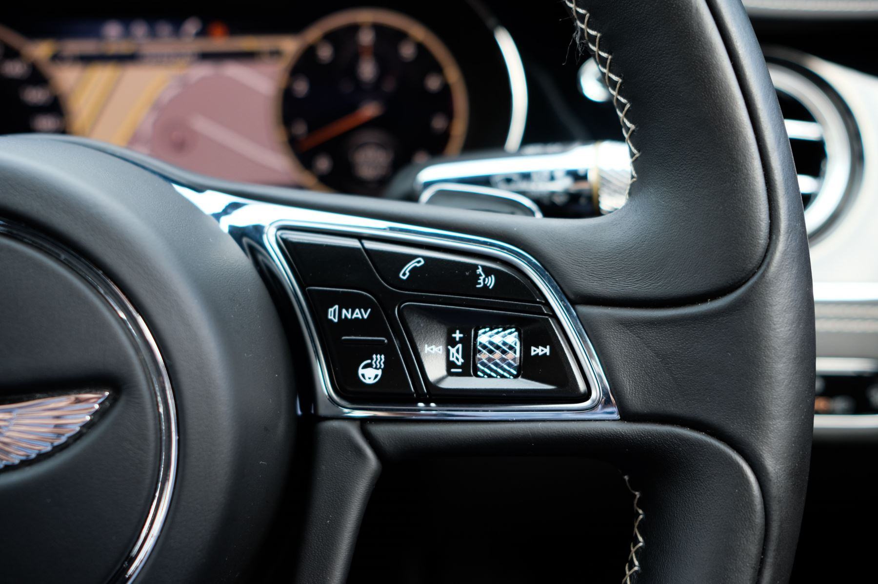 Bentley Flying Spur 6.0 W12 - First Edition - Mulliner Driving Specification image 38