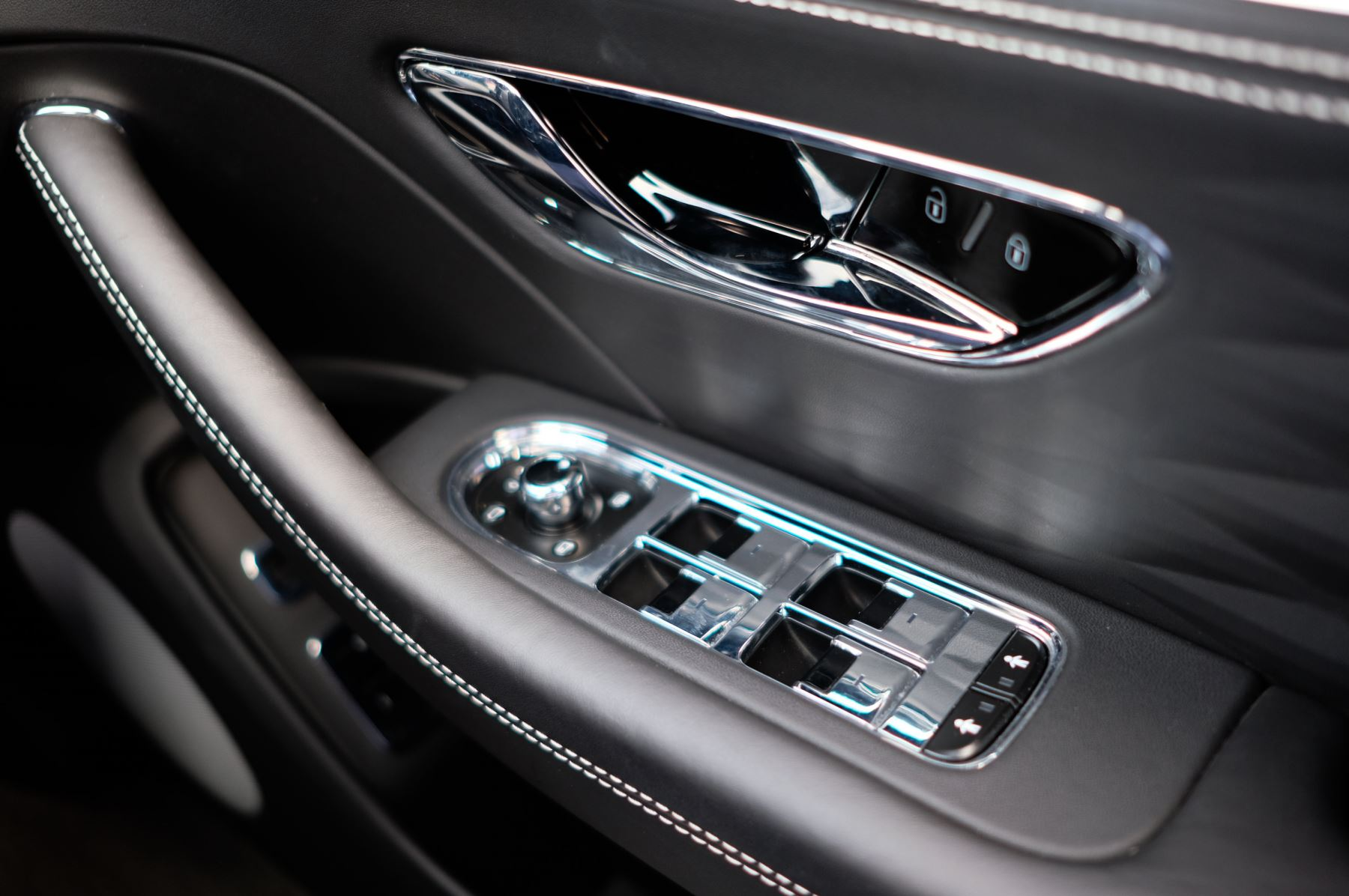Bentley Flying Spur 6.0 W12 - First Edition - Mulliner Driving Specification image 39