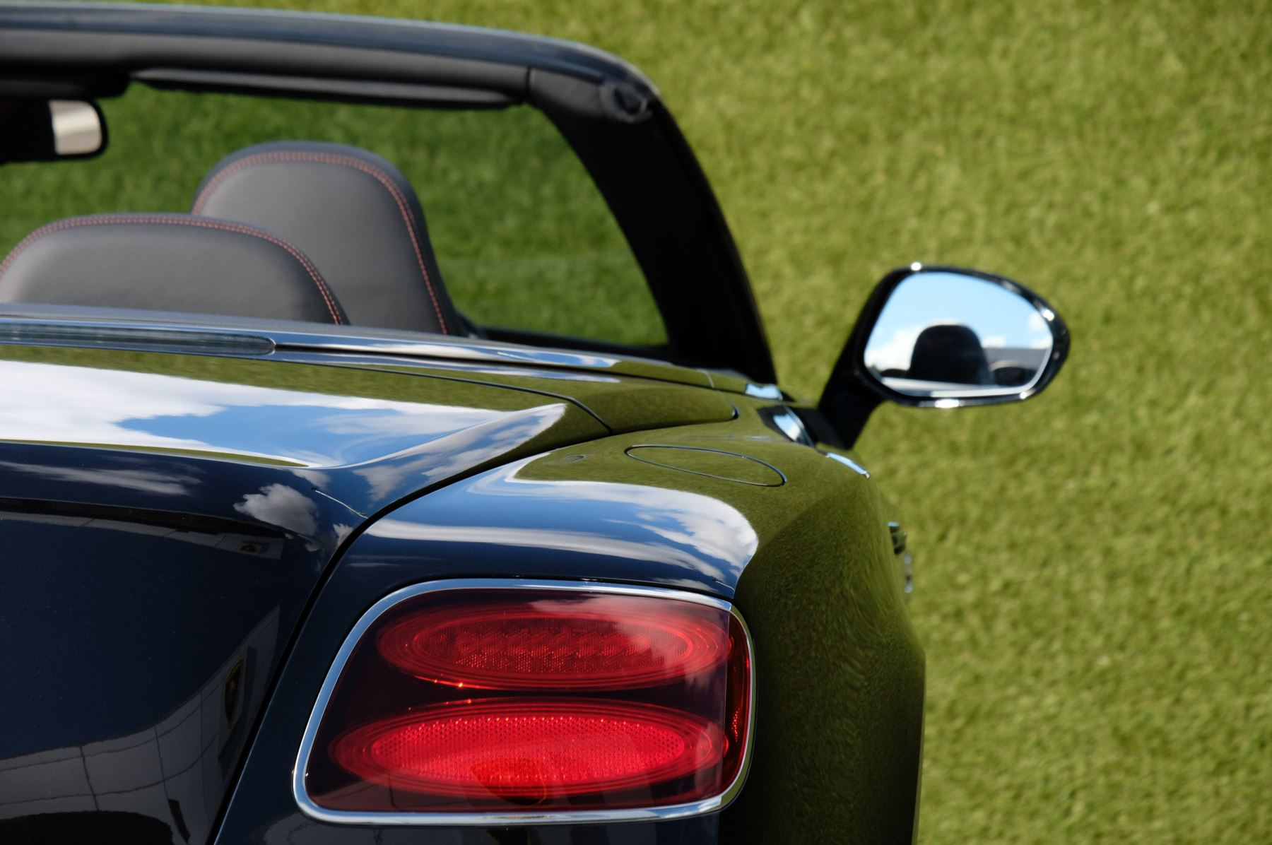 Bentley Continental GTC 4.0 V8 S - Mulliner Driving Spec - Sports Exhaust image 8