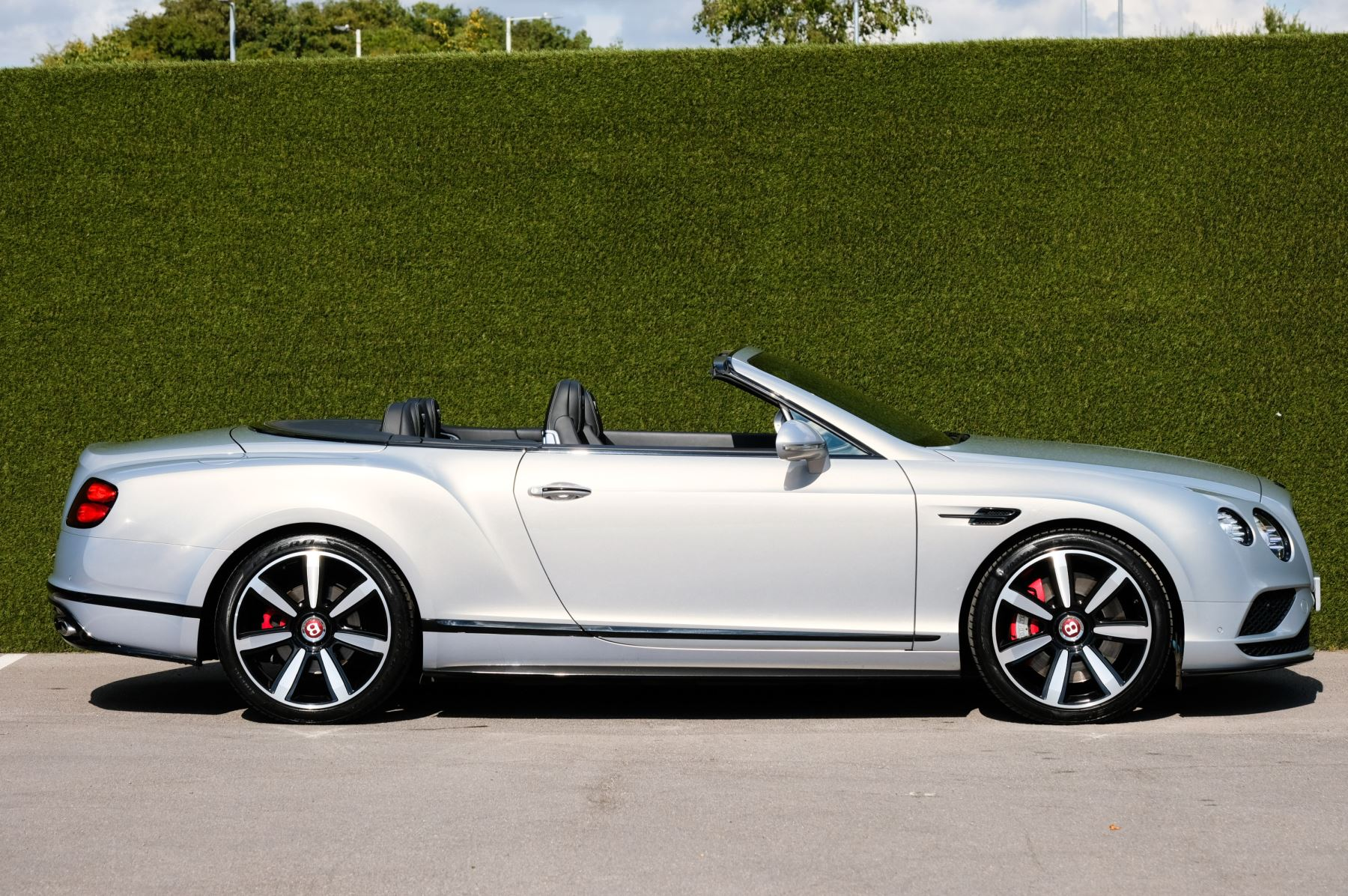 Bentley Continental GTC 4.0 V8 S Mulliner Driving Spec - Ventilated Front Seats with Massage Function image 3