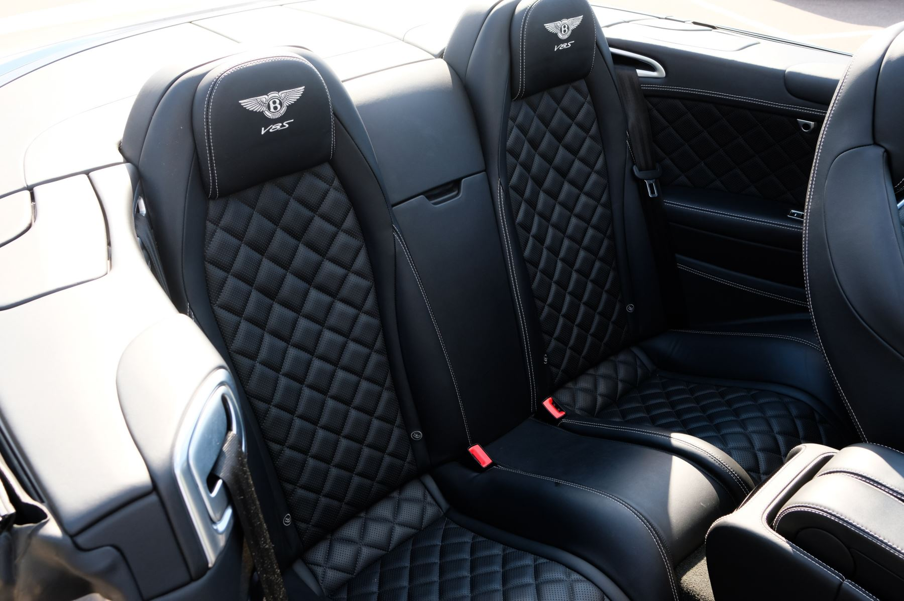 Bentley Continental GTC 4.0 V8 S Mulliner Driving Spec - Ventilated Front Seats with Massage Function image 17
