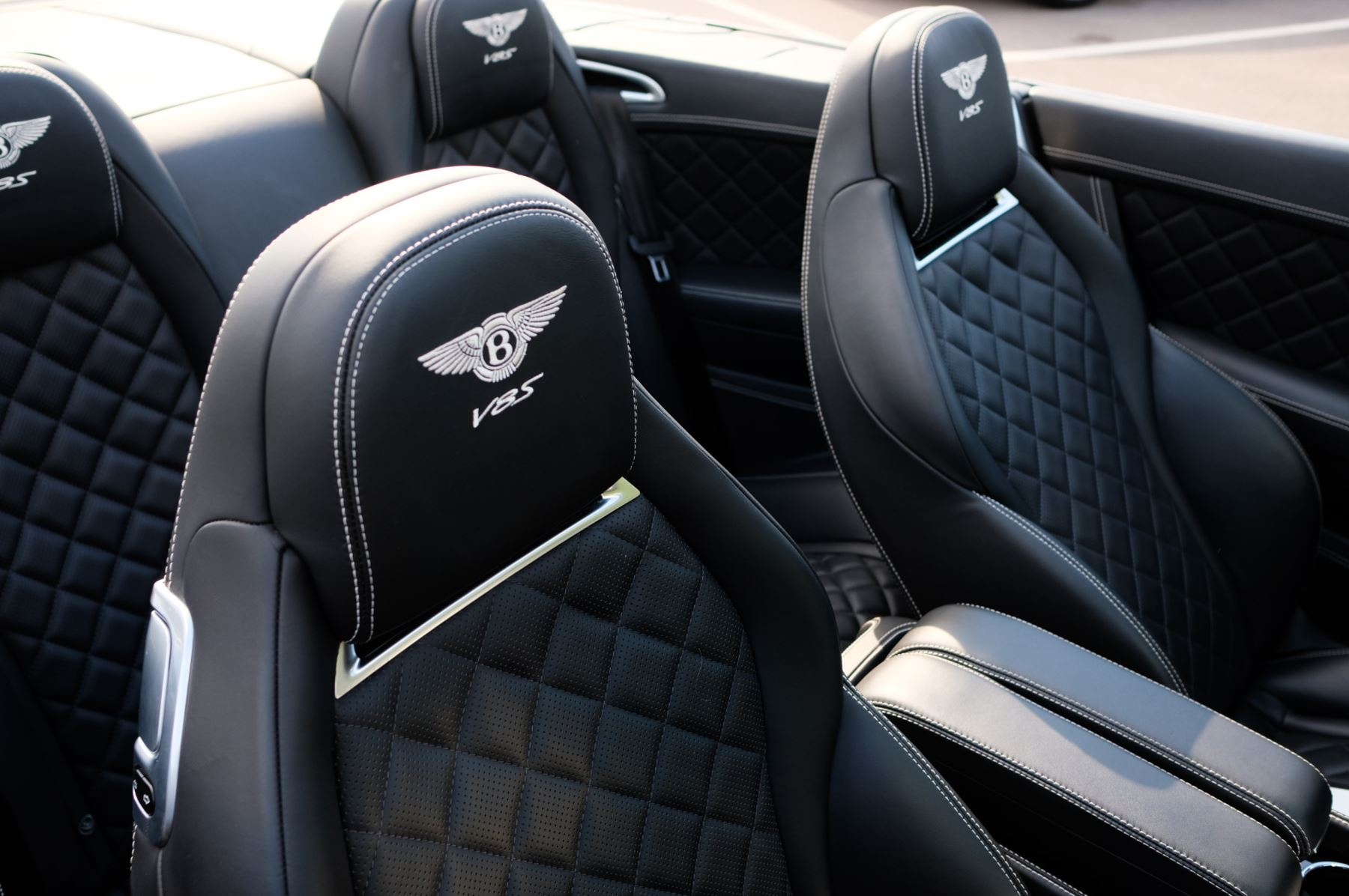 Bentley Continental GTC 4.0 V8 S Mulliner Driving Spec - Ventilated Front Seats with Massage Function image 19