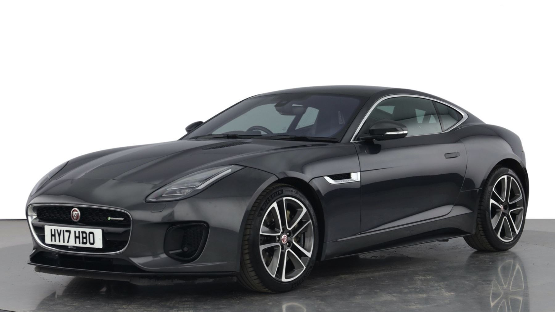 Jaguar F-TYPE 3.0 Supercharged V6 R-Dynamic with Panoramic Sunroof and Meridian Surround Sound image 6