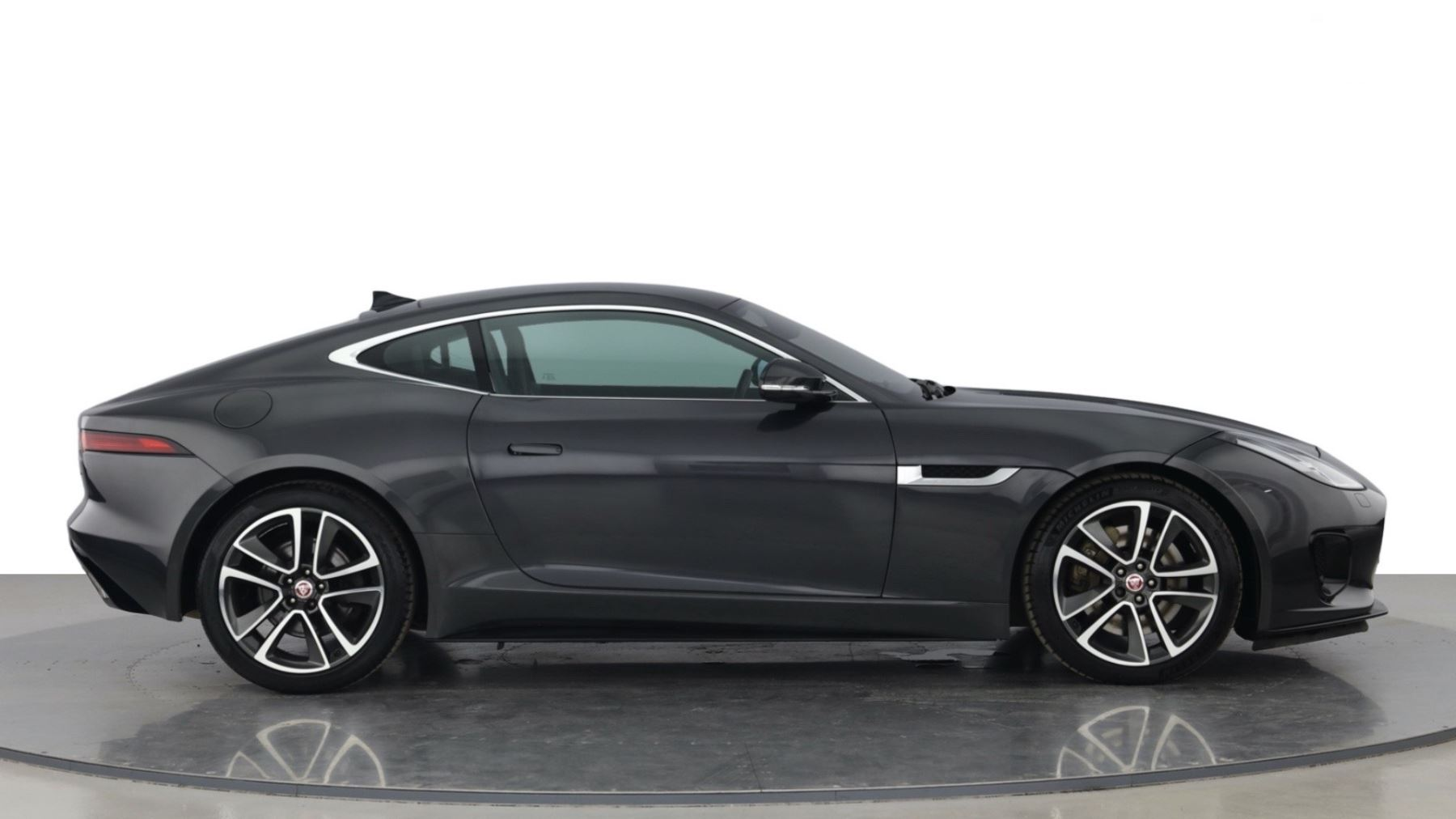 Jaguar F-TYPE 3.0 Supercharged V6 R-Dynamic with Panoramic Sunroof and Meridian Surround Sound image 8