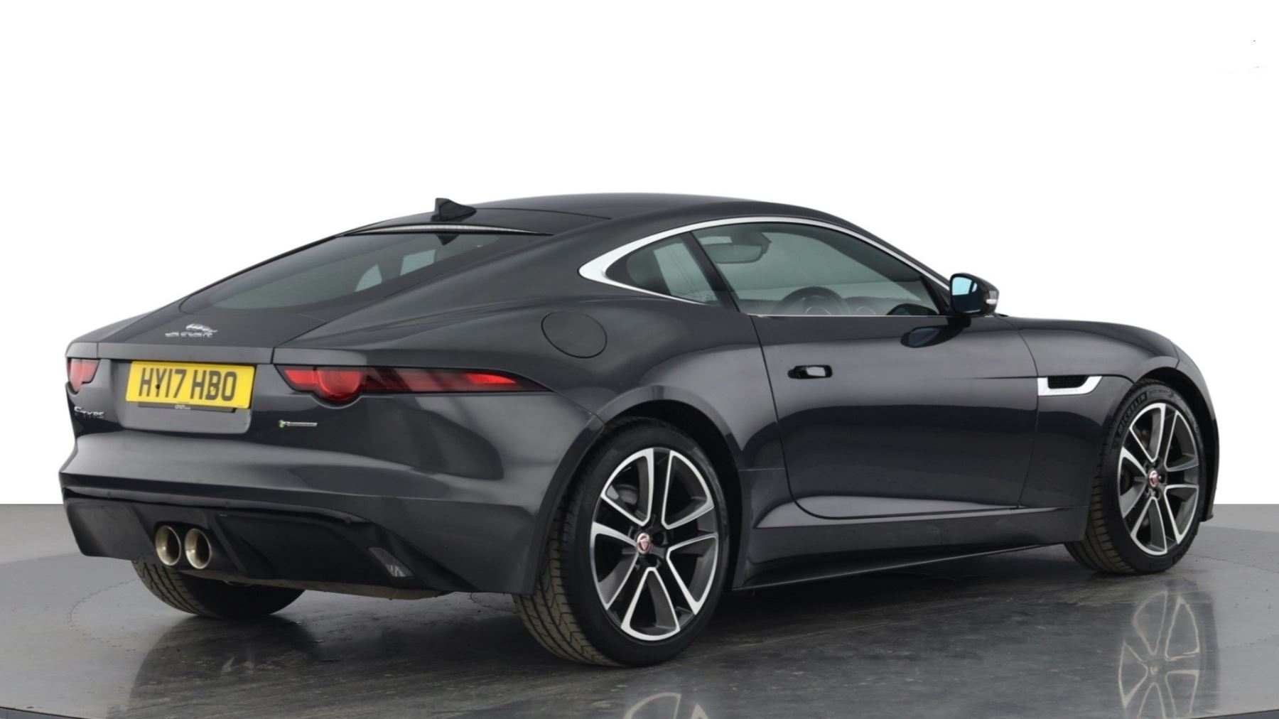 Jaguar F-TYPE 3.0 Supercharged V6 R-Dynamic with Panoramic Sunroof and Meridian Surround Sound image 9