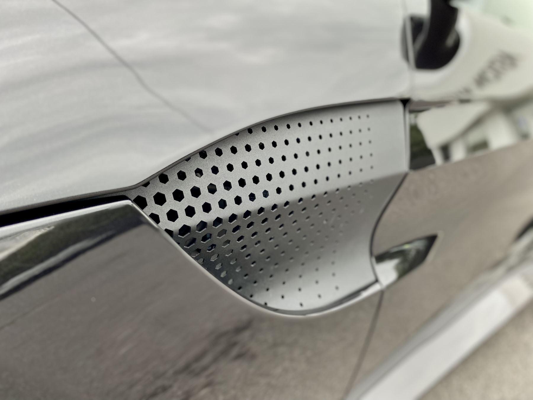 Aston Martin New Vantage 2dr ZF 8 Speed Auto. 4.0 Twin Turbo ZF Gearbox  Reversing Camera Heated Seats Ceramic Brakes image 19