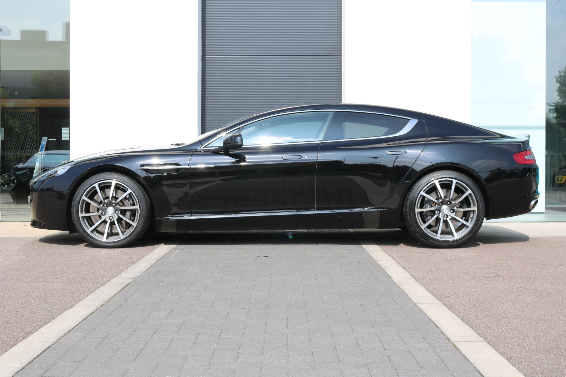 Aston Martin Rapide S V12 [552] 4dr Touchtronic III  image 4