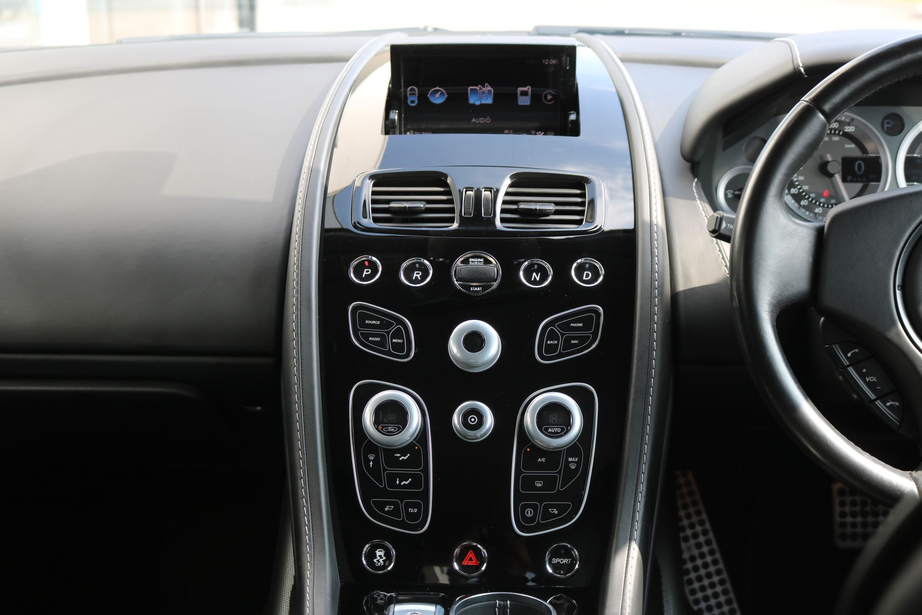 Aston Martin Rapide S V12 [552] 4dr Touchtronic III  image 30