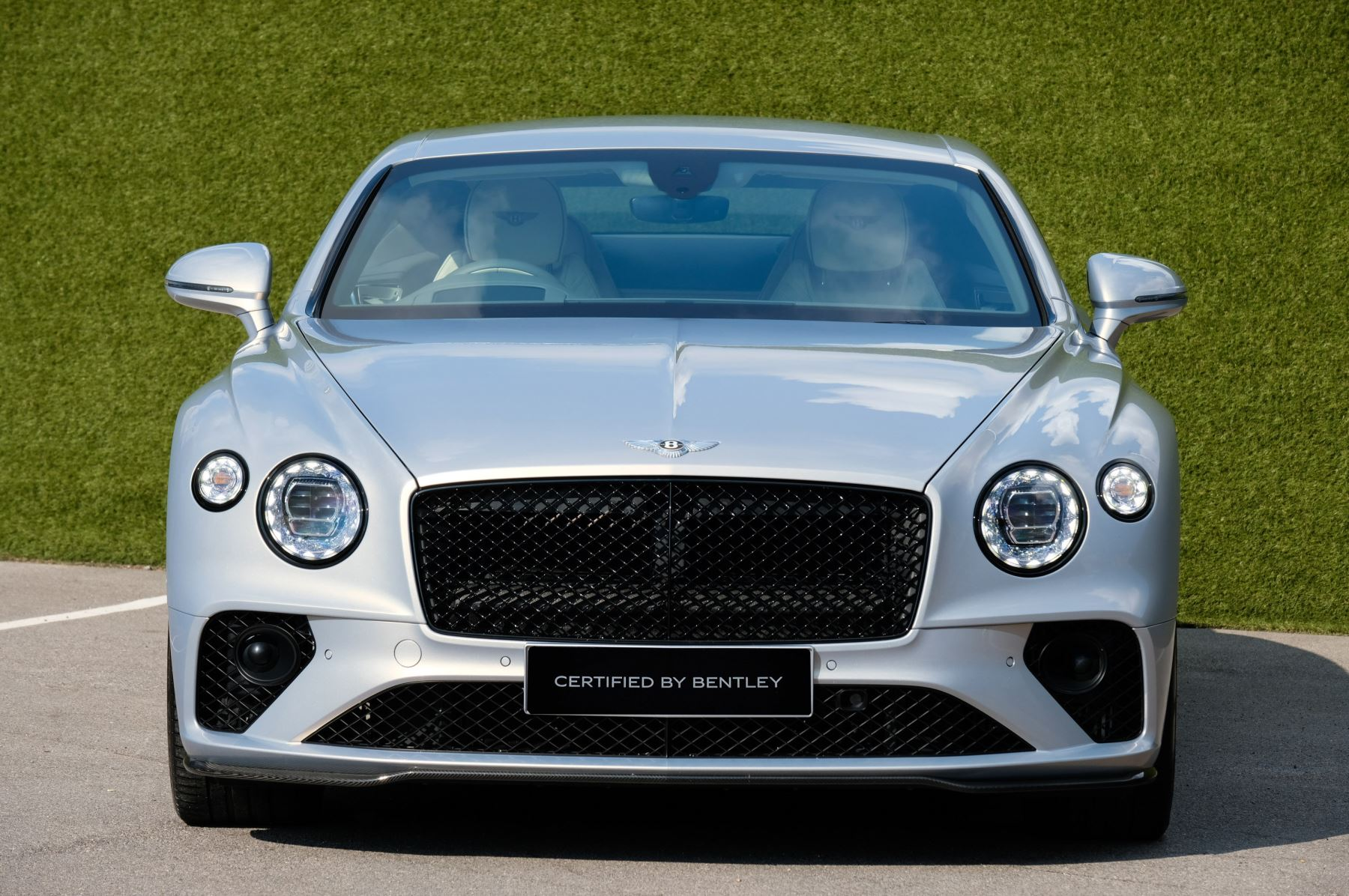 Bentley Continental GT 4.0 V8 - Mulliner Driving Specification with Black Painted Wheels - Touring and Centenary Spec image 2