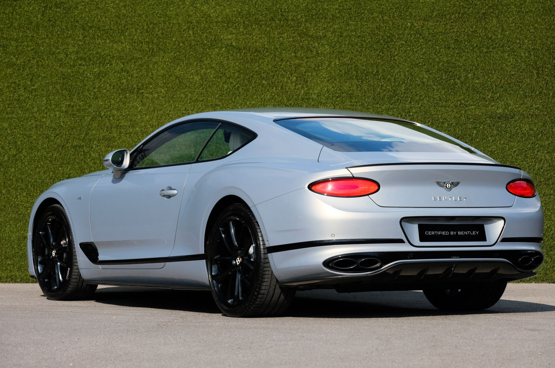 Bentley Continental GT 4.0 V8 - Mulliner Driving Specification with Black Painted Wheels - Touring and Centenary Spec image 5