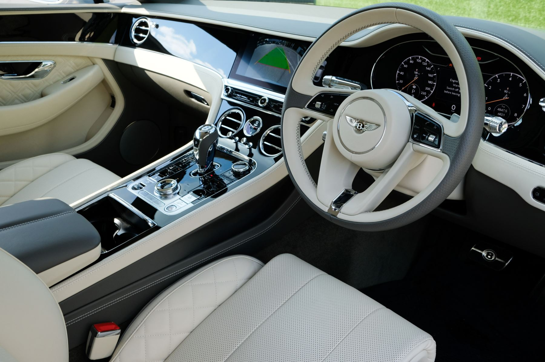 Bentley Continental GT 4.0 V8 - Mulliner Driving Specification with Black Painted Wheels - Touring and Centenary Spec image 12