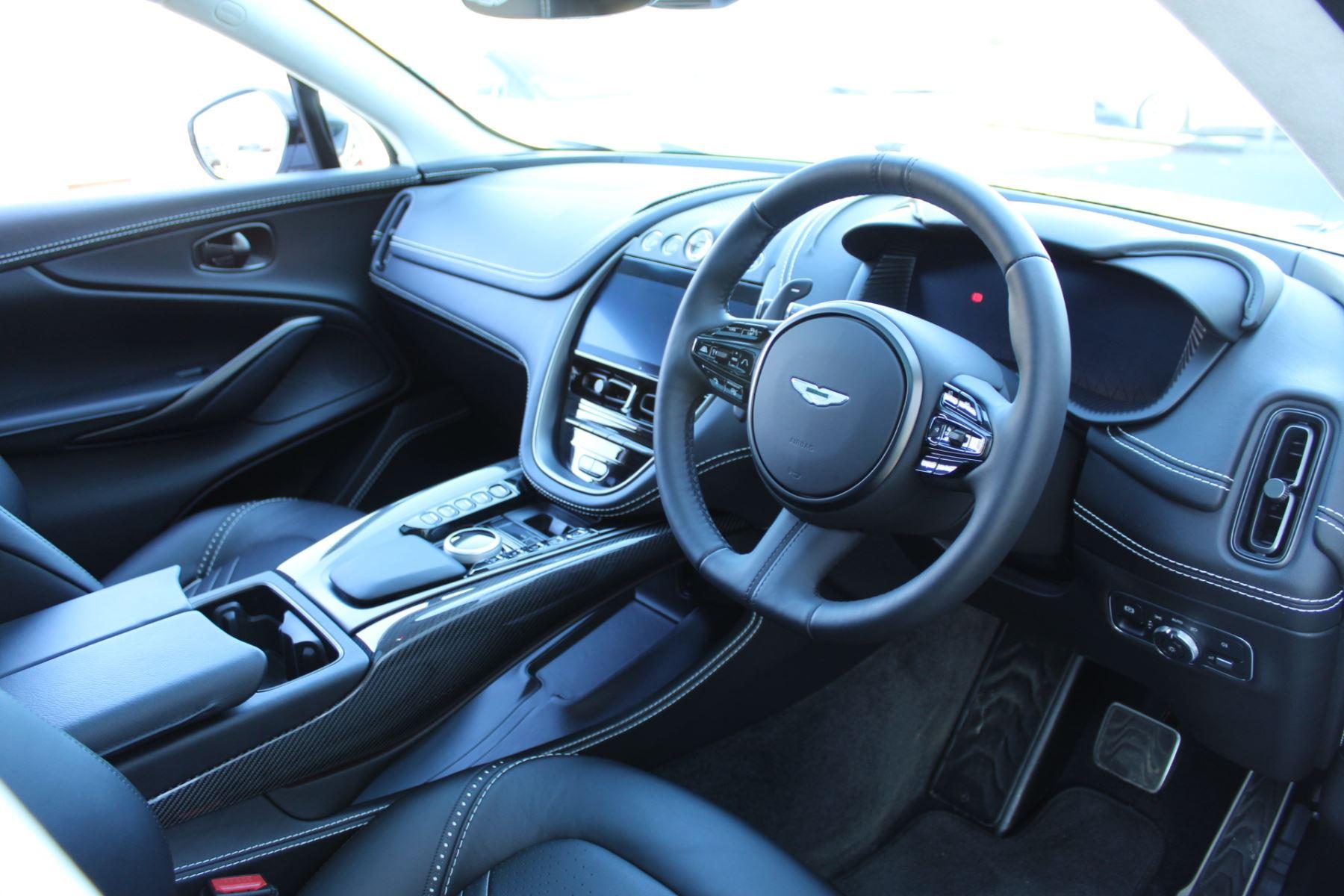 Aston Martin DBX V8 Twin Turbo Massive Spec Low mileage image 15