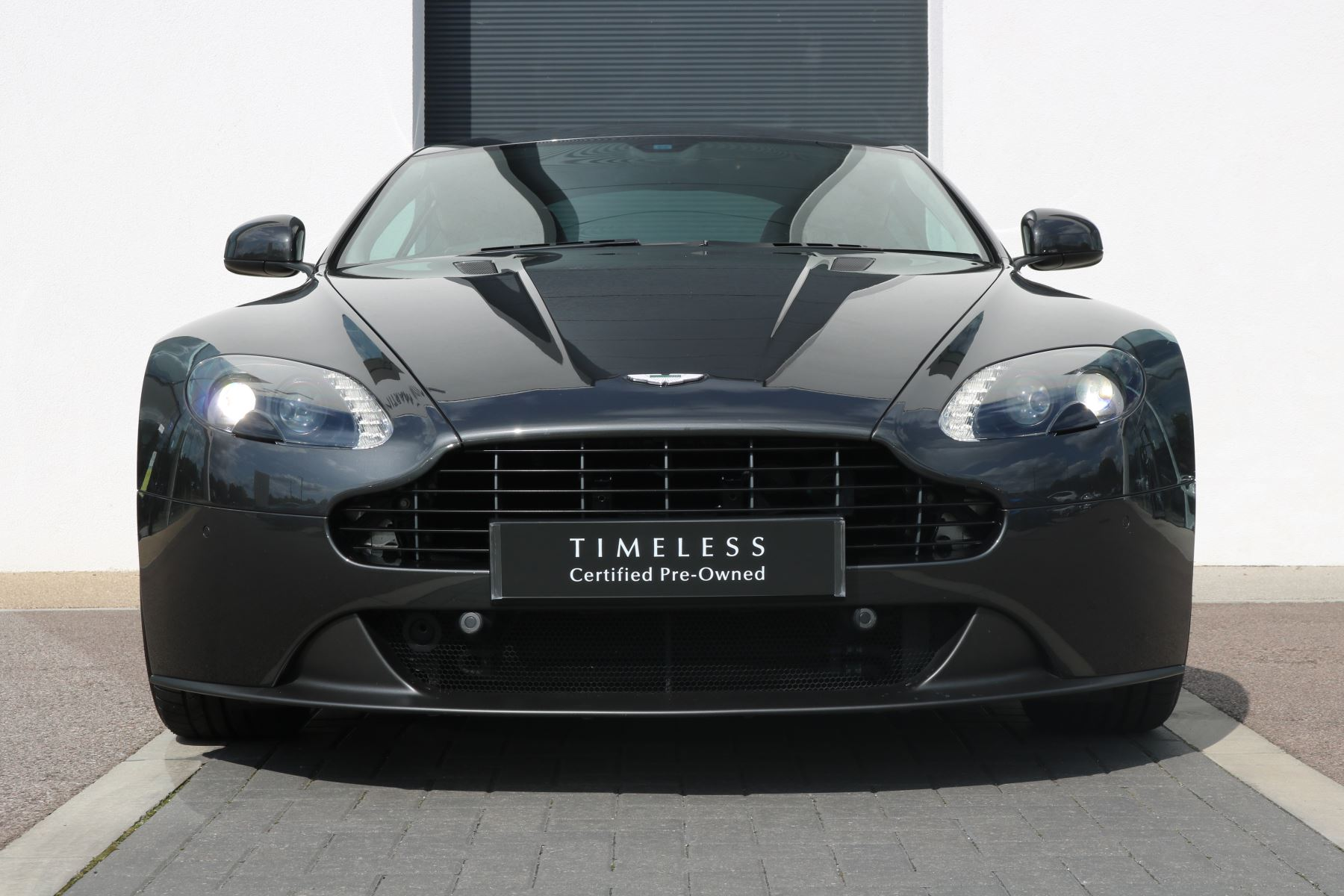 Aston Martin V8 Vantage Coupe 2dr Sportshift [420] Low Mileage 1 Owner  4.7 Automatic 3 door Coupe