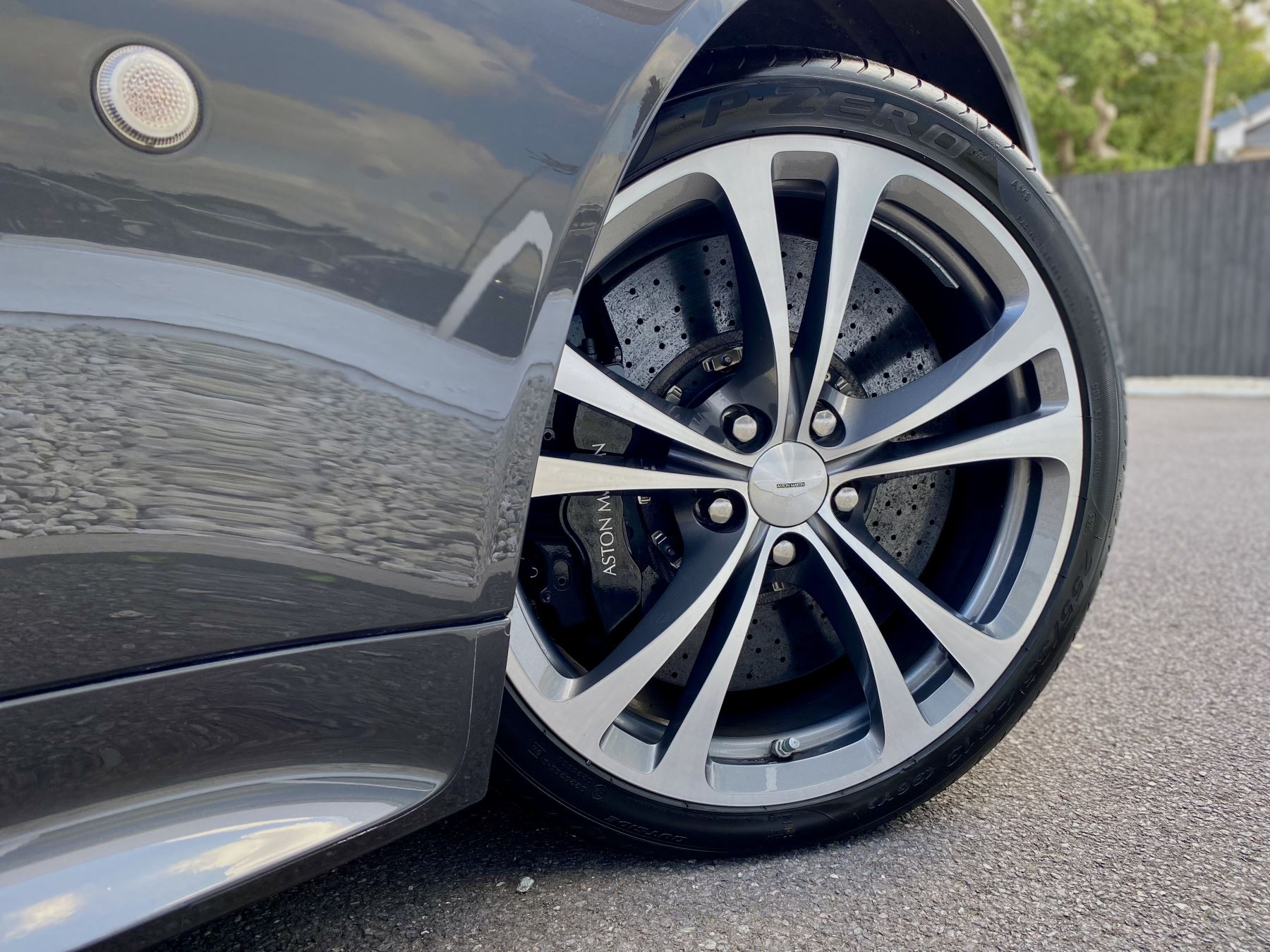 Aston Martin V12 Vantage 2dr v12 manual coupe. Sports Seats . Manual . Ceramic Brakes  image 13