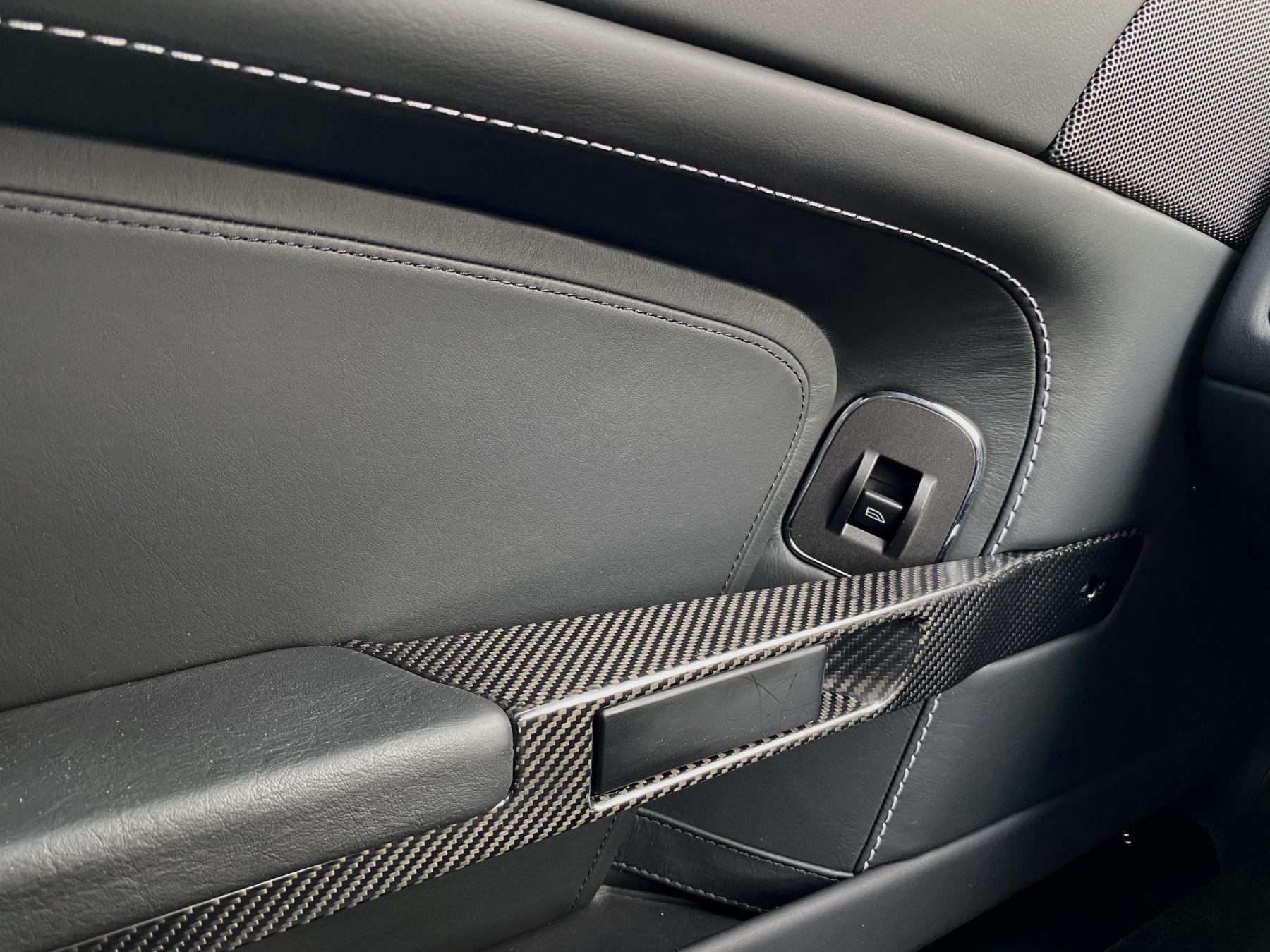 Aston Martin V12 Vantage 2dr v12 manual coupe. Sports Seats . Manual . Ceramic Brakes  image 29