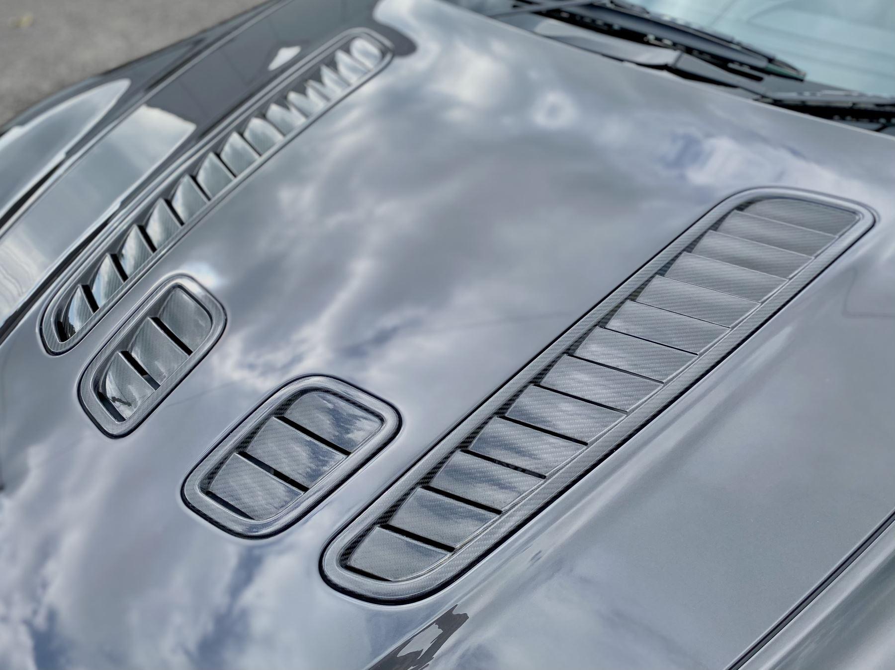 Aston Martin V12 Vantage 2dr v12 manual coupe. Sports Seats . Manual . Ceramic Brakes  image 16