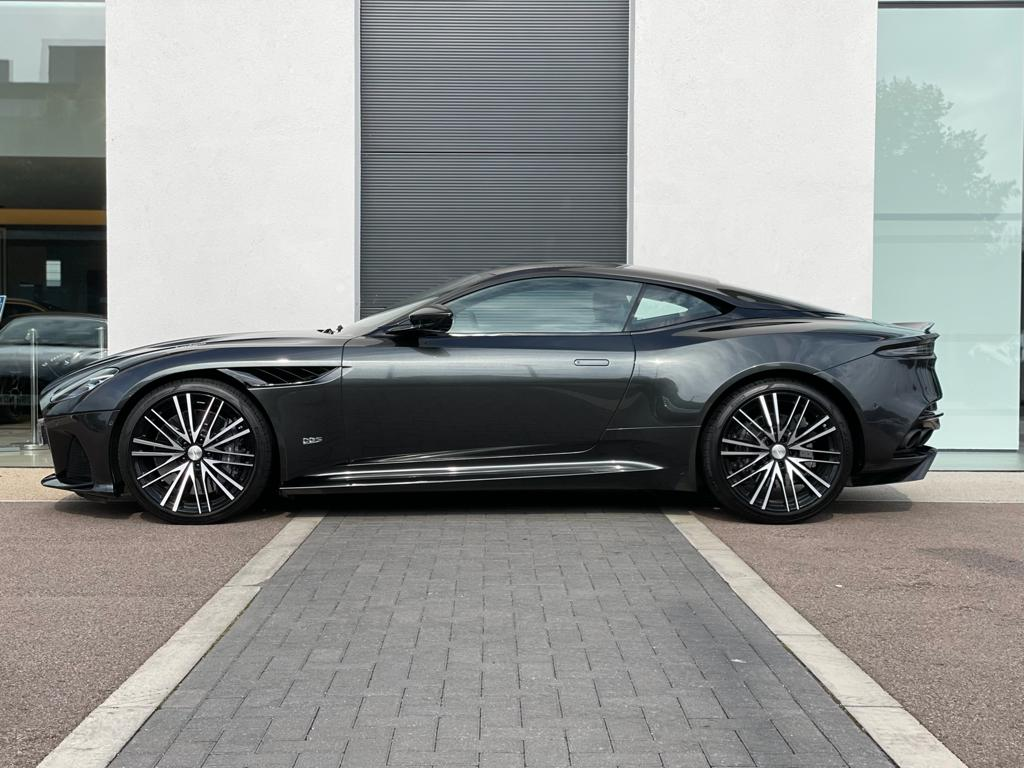Aston Martin DBS V12 Superleggera Touchtronic - 1 Owner Low Mileage  5.2 Automatic 2 door Coupe (2020) image