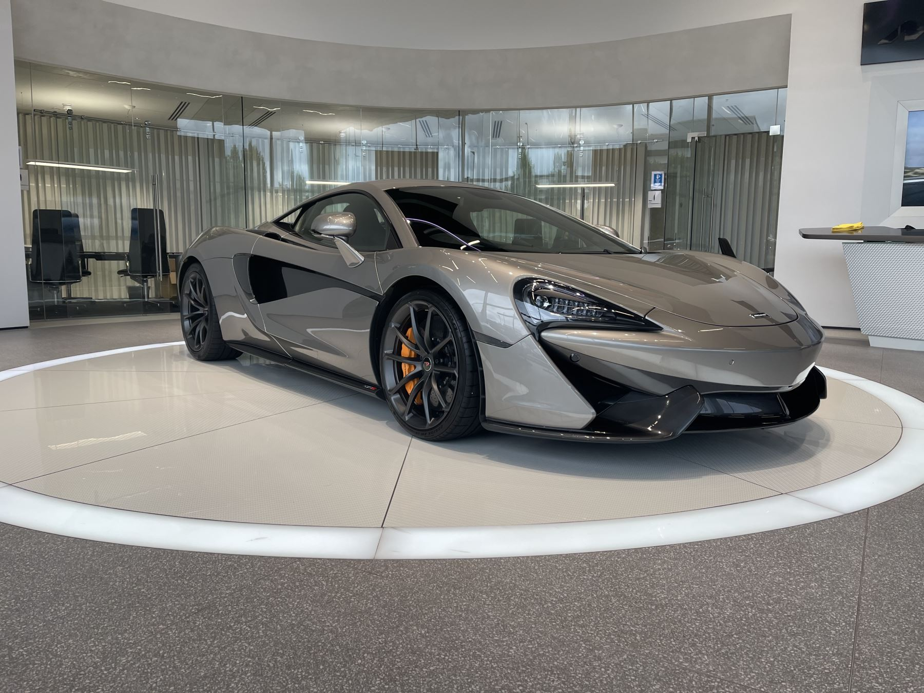 McLaren 570S Coupe V8 2dr SSG luxury and security packs sports exhaust 3.8 Automatic Coupe