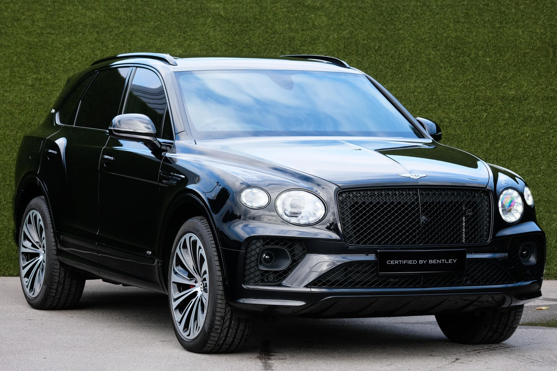 Bentley Bentayga 4.0 V8 - First Edition - Mulliner Driving Specification Automatic 5 door Estate