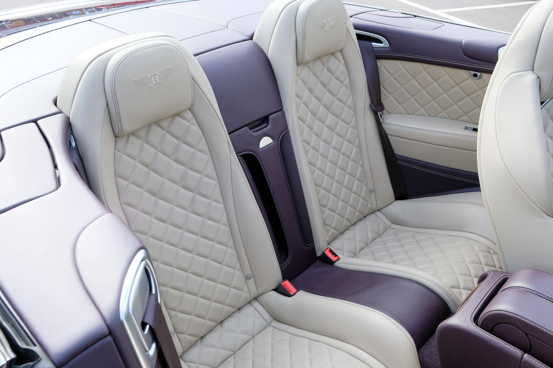 Bentley Continental GTC 4.0 V8 S Mulliner Driving Spec - Premier and All Seasons Specification image 13