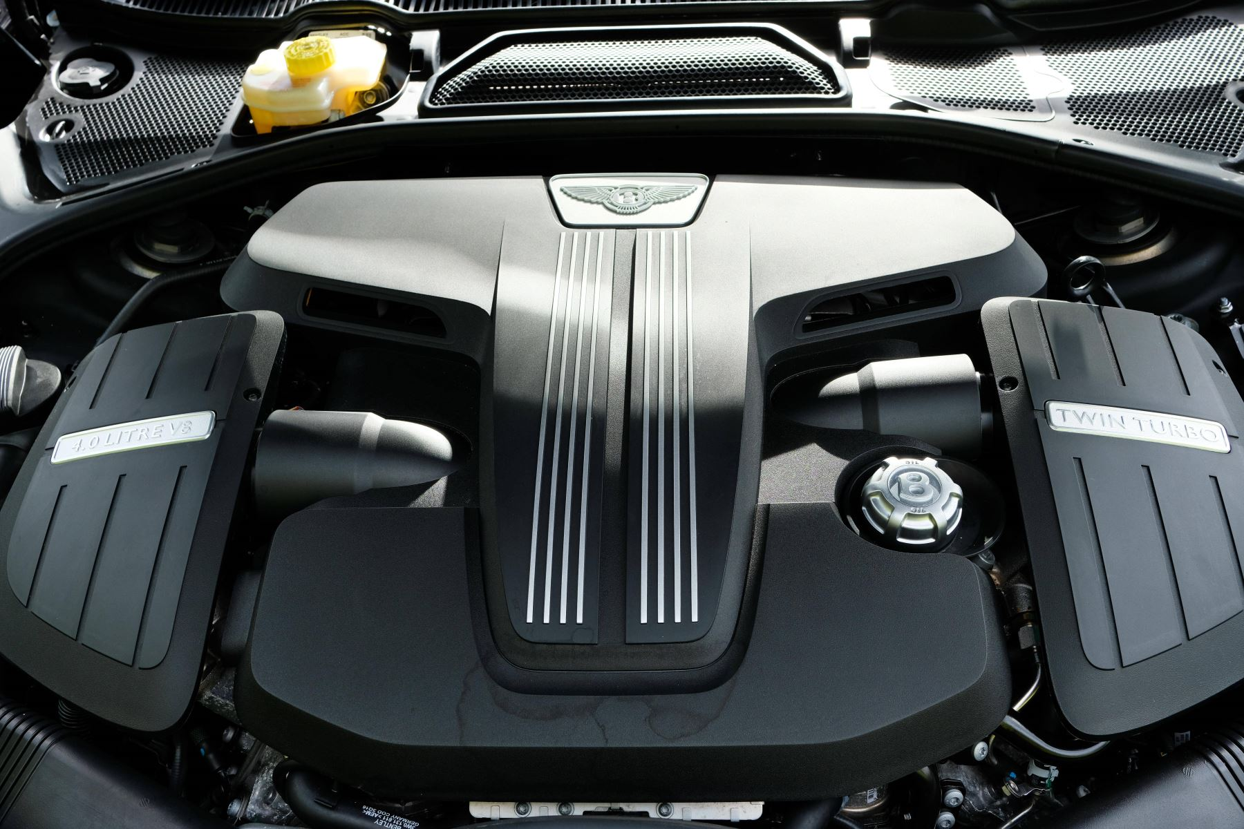 Bentley Continental GTC 4.0 V8 S Mulliner Driving Spec - Premier and All Seasons Specification image 18