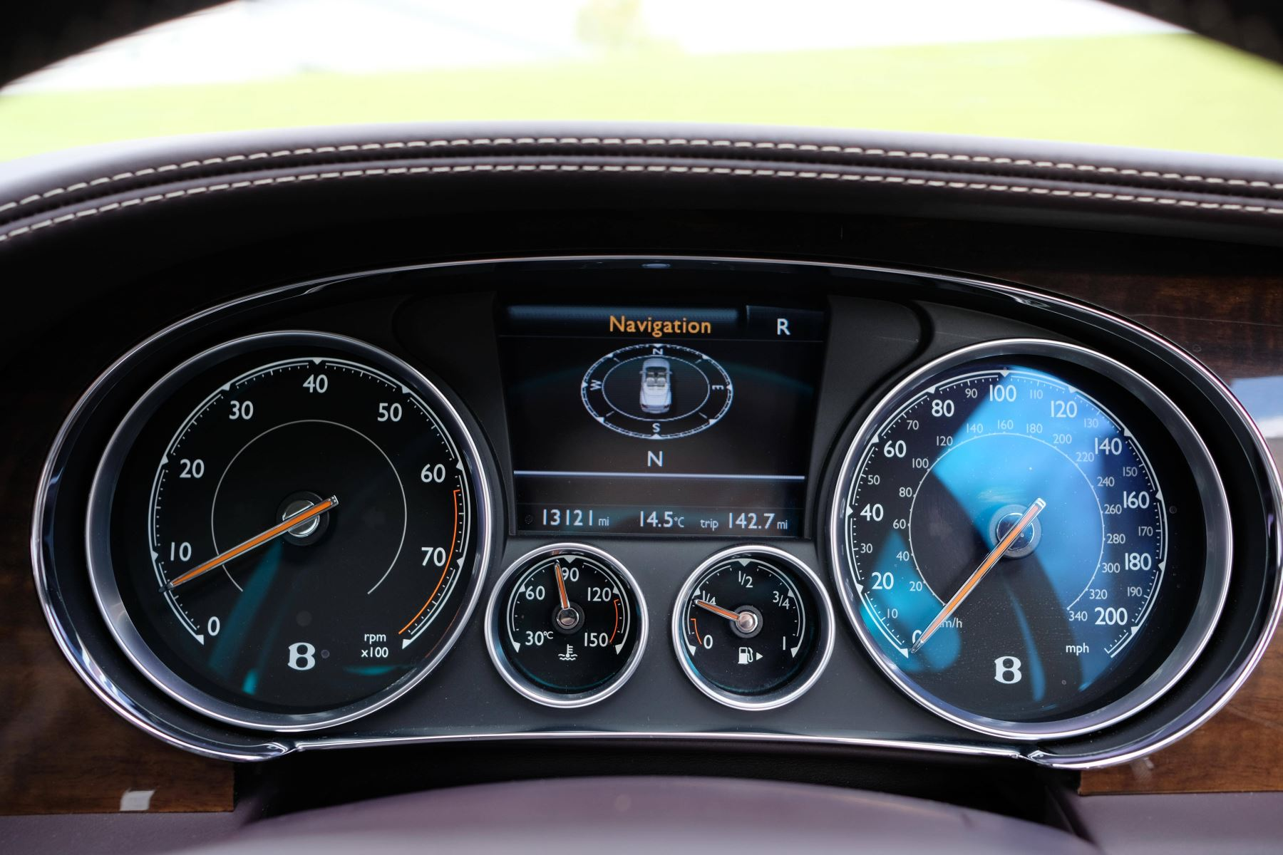 Bentley Continental GTC 4.0 V8 S Mulliner Driving Spec - Premier and All Seasons Specification image 15