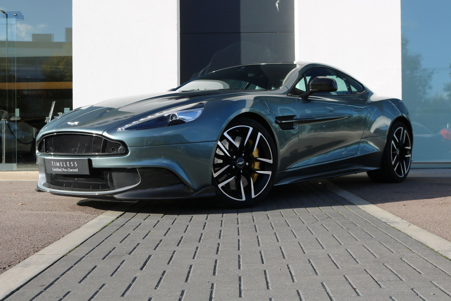 Aston Martin Vanquish S TT3 8 Speed Coupe Rare Stirling Green Paint Last Registered 5.9 2 door (2019) image