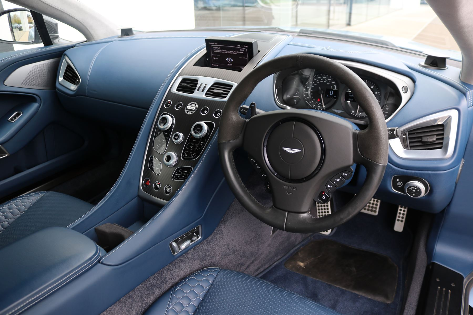 Aston Martin Vanquish V12 [568] 2+2 2dr Touchtronic image 20