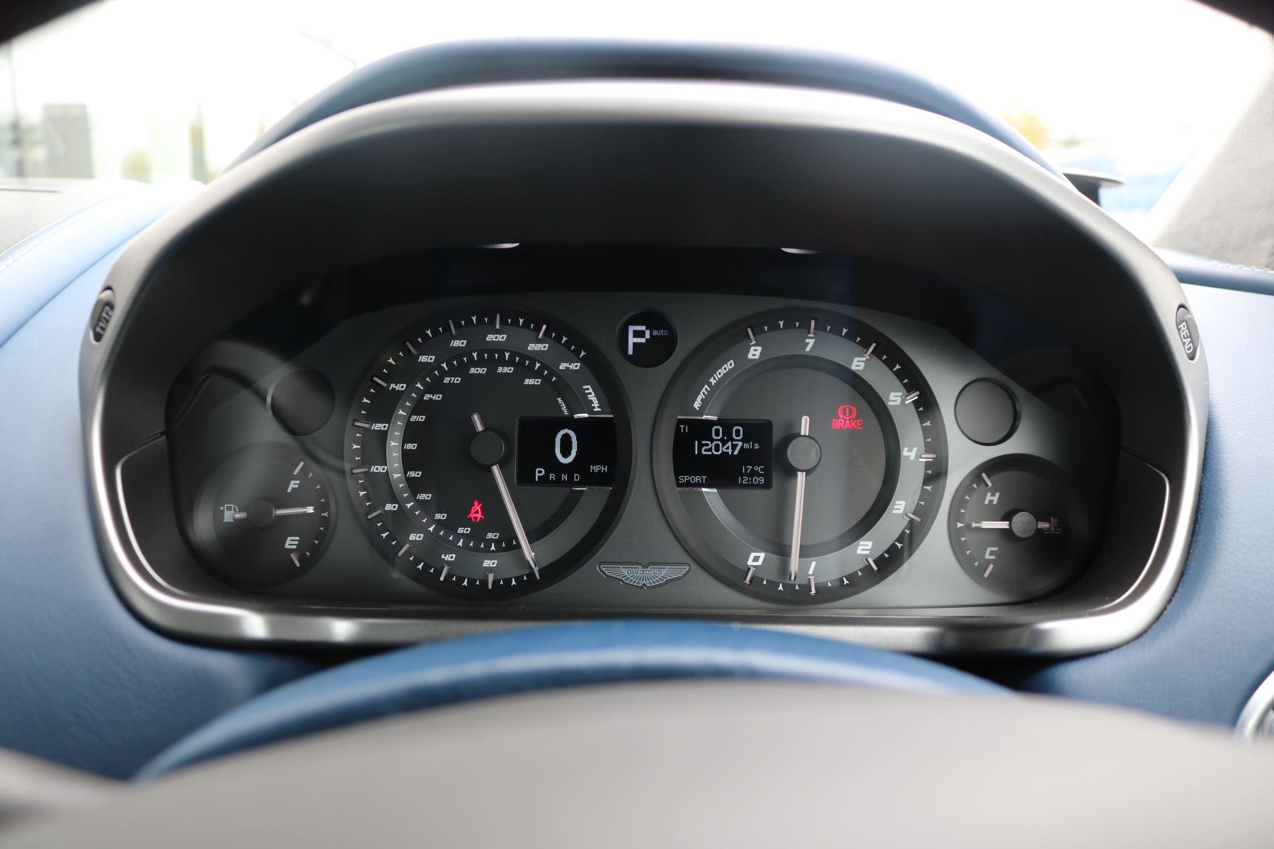 Aston Martin Vanquish V12 [568] 2+2 2dr Touchtronic image 31