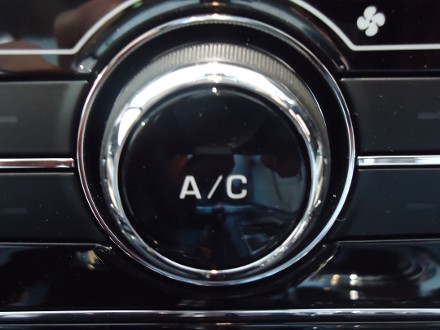Air Con Service & check £49 All makes.