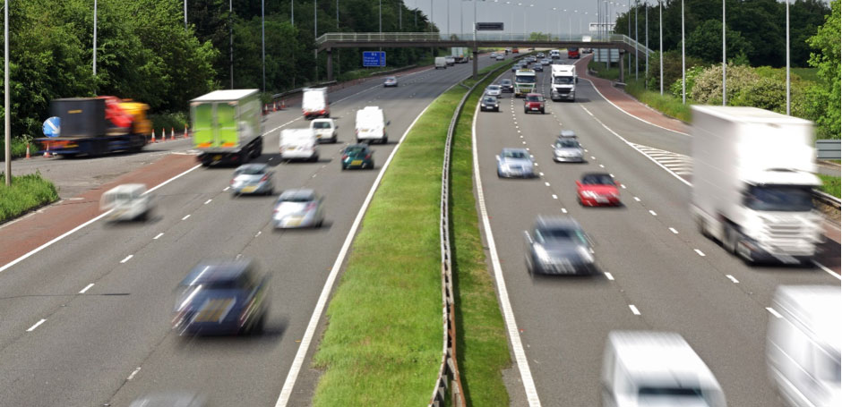 Cost and technique tips for young drivers – Motorway Driving