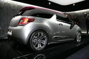 Is it a Citroen DS3 GT or a Mini Cooper?