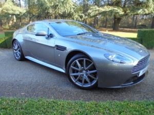 Aston Martin V8 Vantage S S COUPE SPORTSHIFT 4.7 Sports Shift 2 door Coupe (2011) image