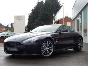 Aston Martin V8 Vantage S S 2dr 4.7 3 door Coupe (2014) image