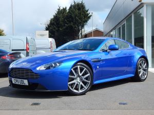 Aston Martin V8 Vantage S Coupe S 2dr Sportshift 4.7 Automatic 3 door Coupe (2011) image